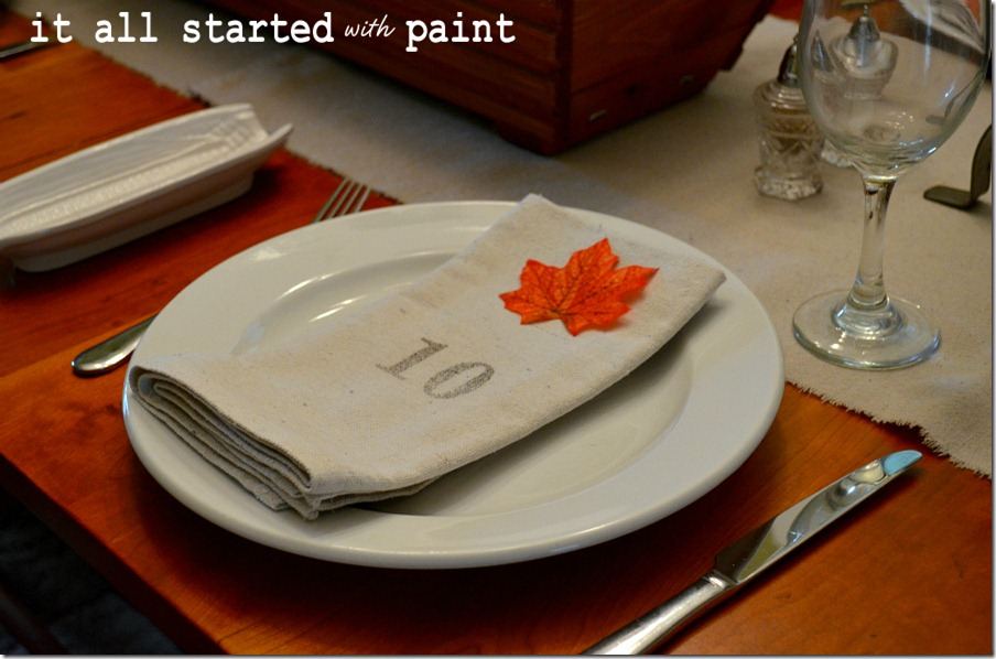 fall-tablescape-numbered-napkin