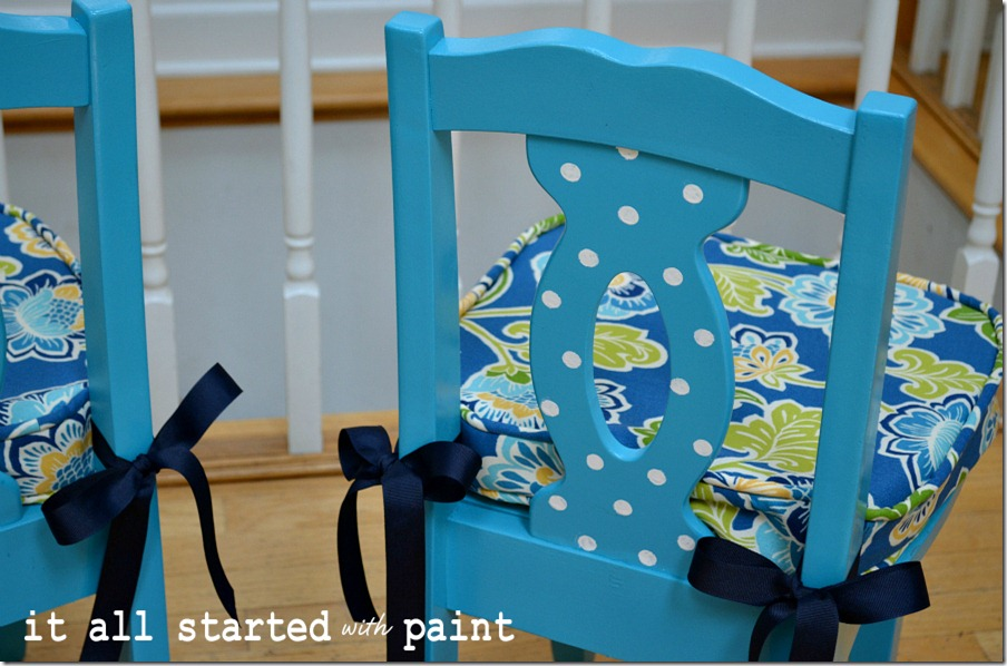 turquoise-blue-child-chair-makeover
