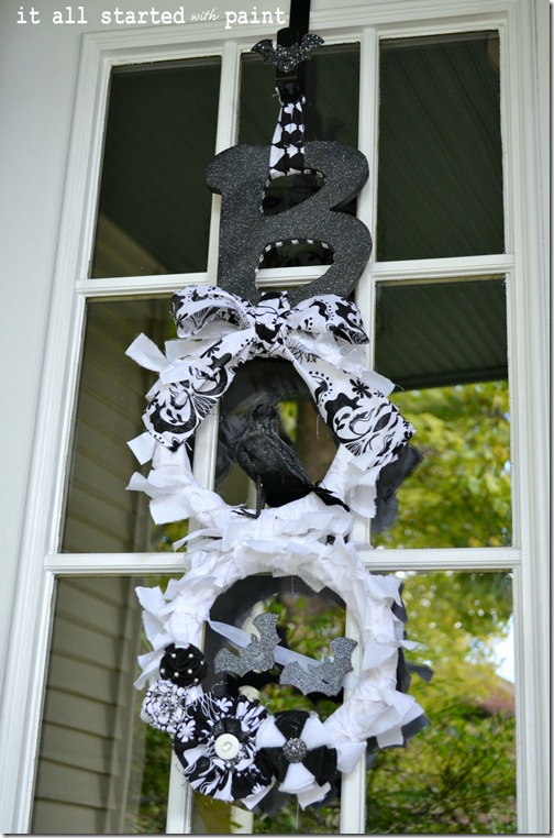 boo-wreath-for-halloween-final