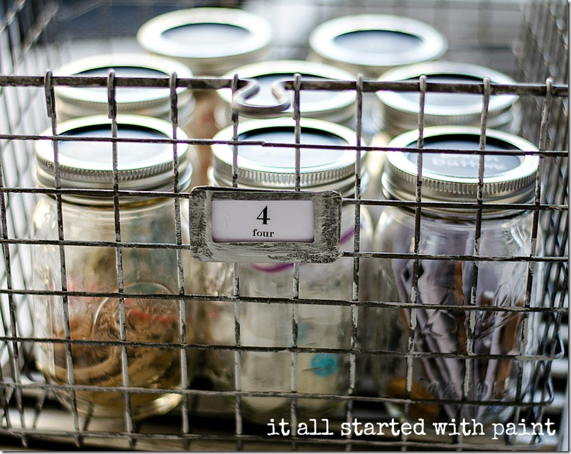 mason-jar-craft-storage-with-chalkboard-paint-lids-9
