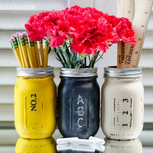 Mason Jar Crafts: Pencil, Ruler, Chalkboard Mason Jar Pencil Holders