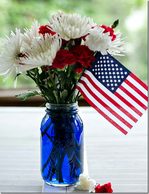 red-white-blue-centerpiece-4