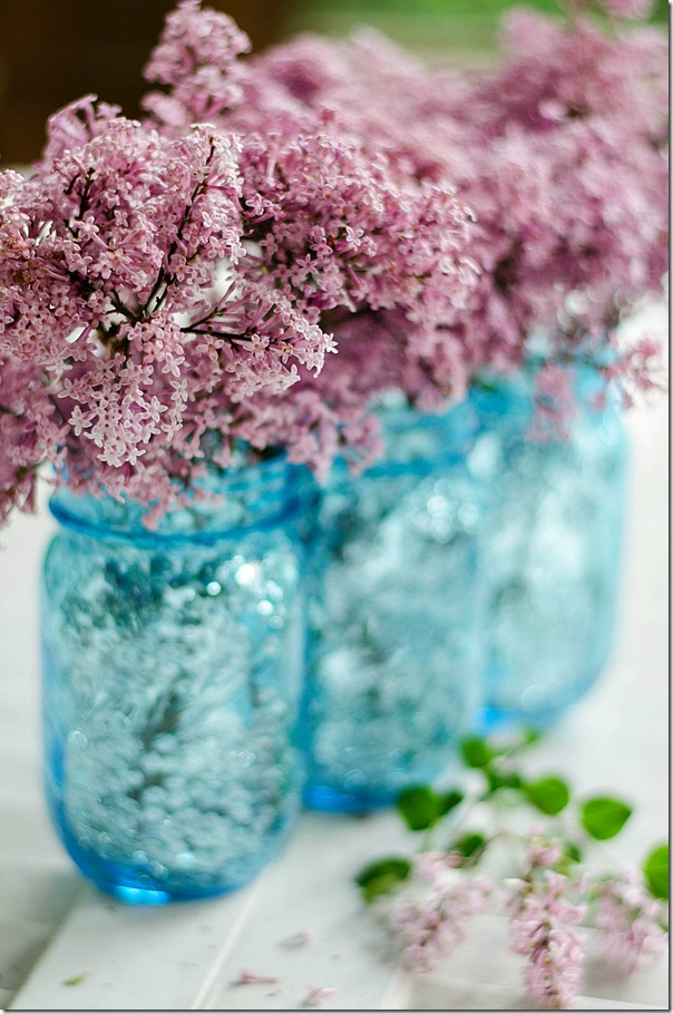 sequin-blue-mason-jar-vase-how-to-tutorial 2