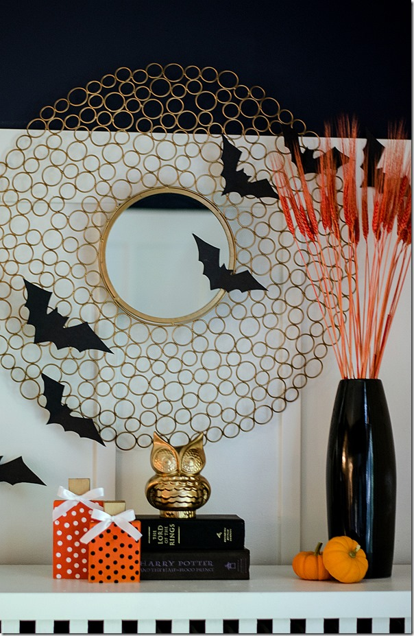 Halloween-mantel-gold-black-orange