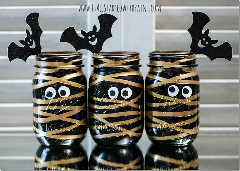 mummy-mason-jars-painted-4 watermarked