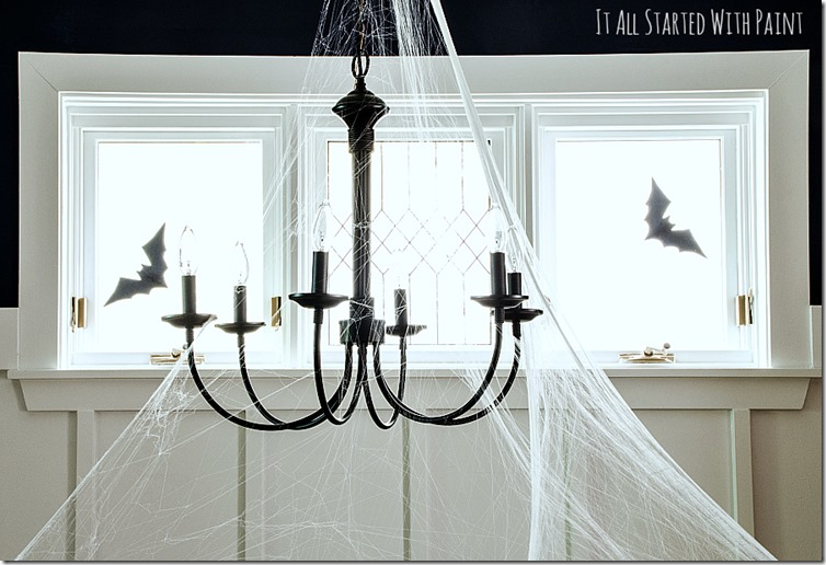 Halloween-Decorations-Dining-Room-spider-web-chandelier