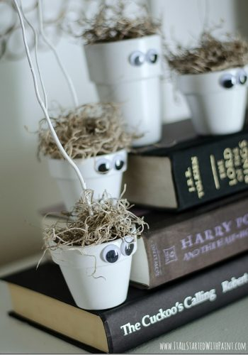 Halloween Kid Craft: Monster Pots