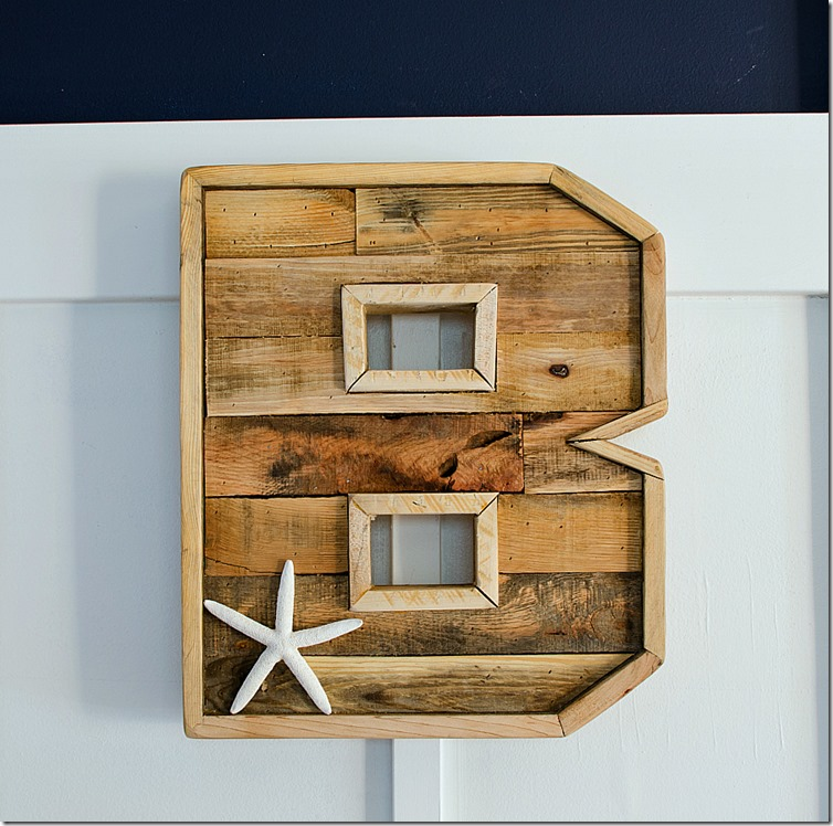 wood pallet monogram it all started with paint. Black Bedroom Furniture Sets. Home Design Ideas