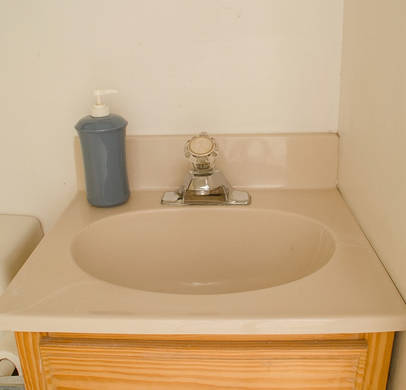 how-to-paint-a-sink-14