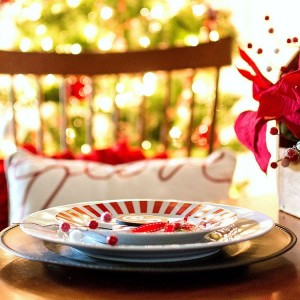 Christmas table setting idea in red, white, black