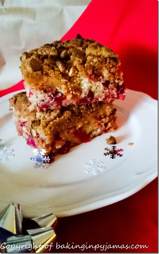 cranberry-white-chocolate-and-ginger-buckle-4