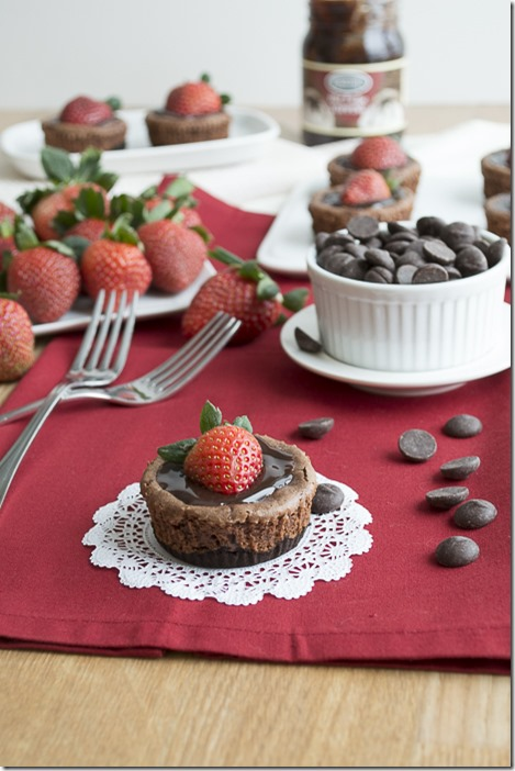 Mini-Chocolate-Strawberry-Cheesecake-3