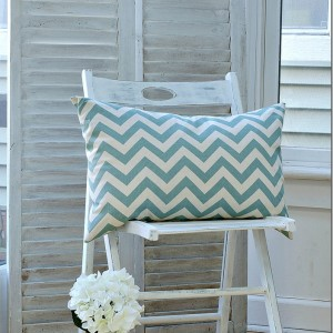 Annie-Sloan-Chalk-Paint-Pure-White-Painted-Chair-20-2_thumb