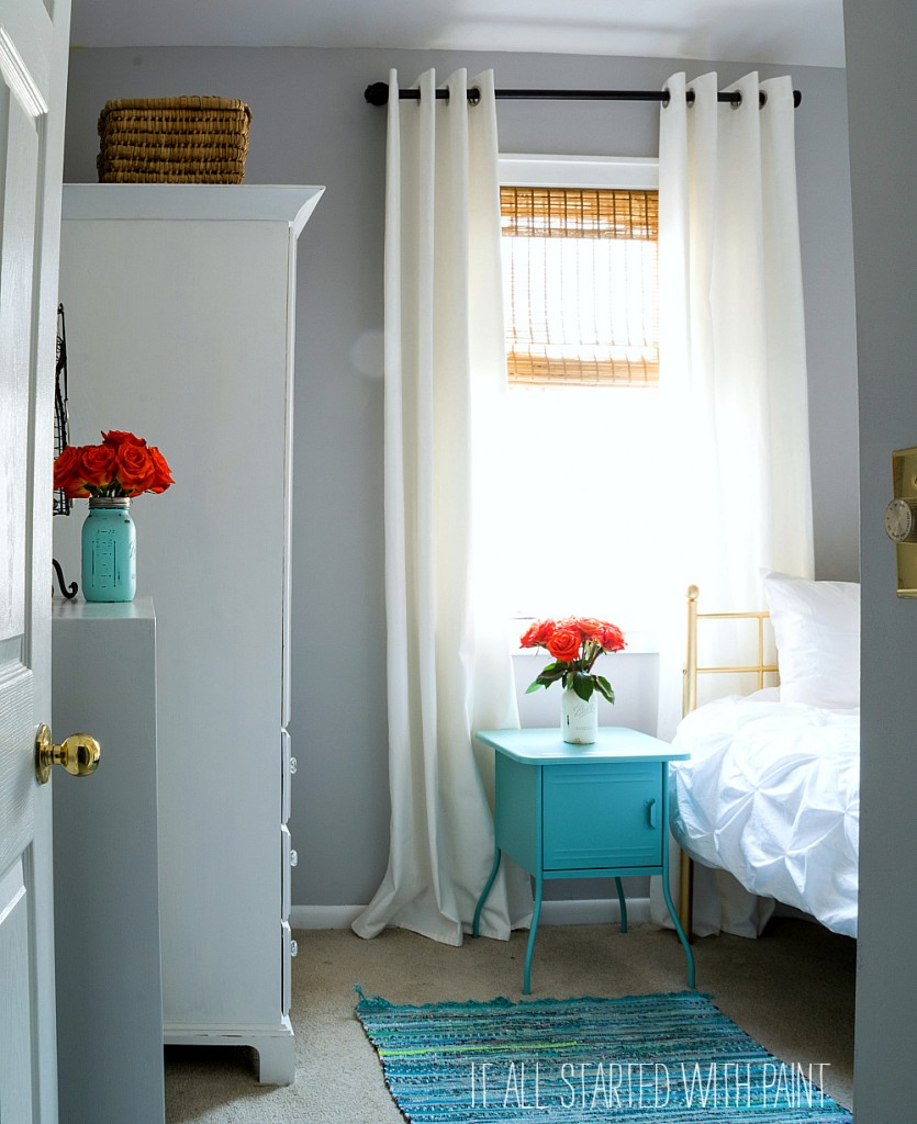 Gray Bedroom With Aqua Accents · Teen Girl ...
