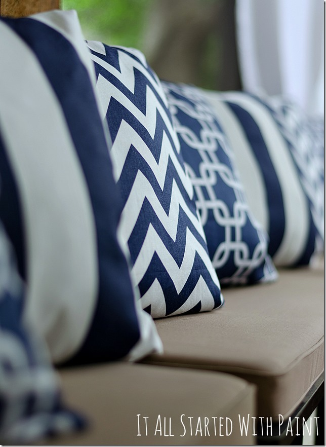 navy-white-outdoor-fabric
