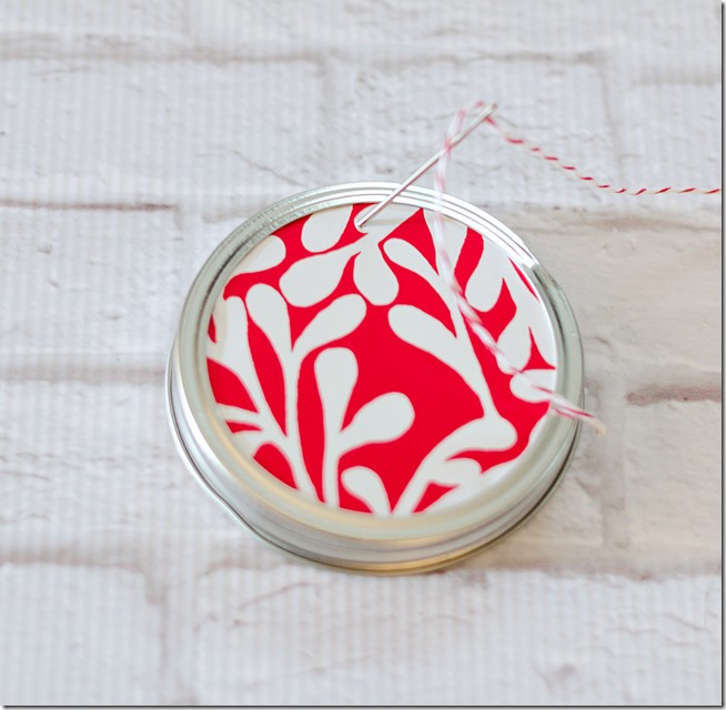 mason-jar-canning-lid-ornament-8