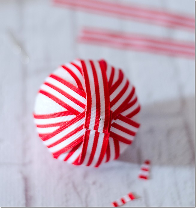 red-white-striped-ribbon-ornament-how-to-make-10