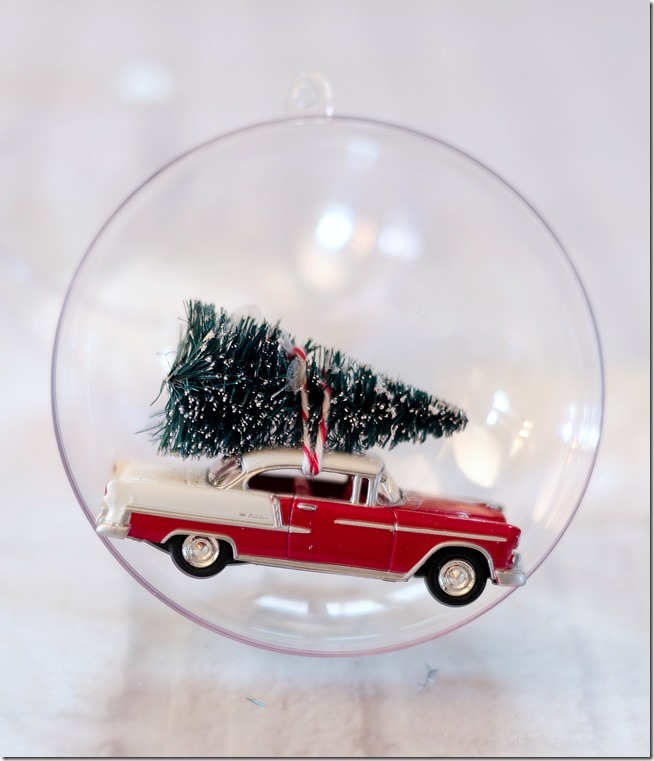 snow-globe-ornament-car-with-bottle-brush-tree-4