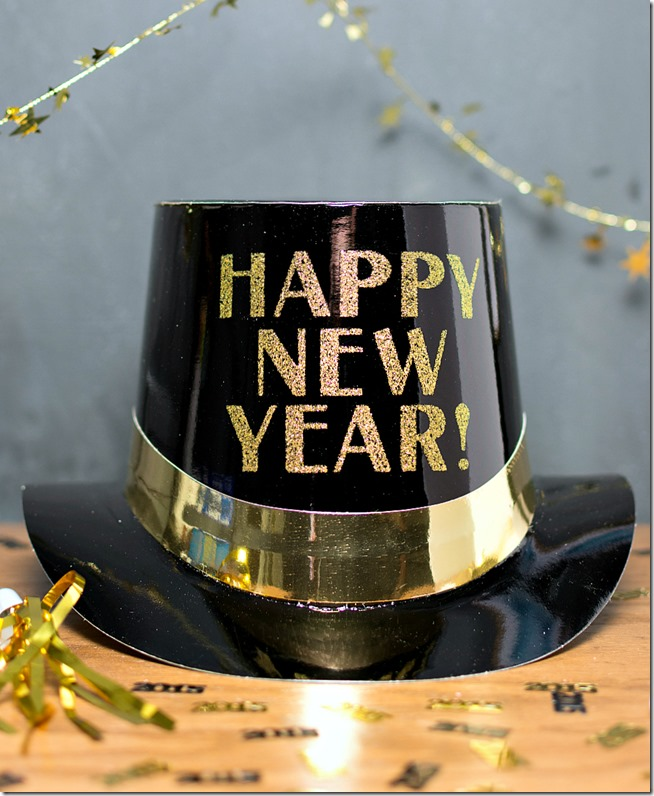 new-year-hat-and-decorations-black-gold-5