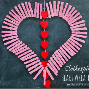 heart wreath with clothespins and washi tape