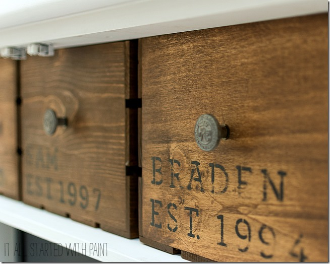 vintage-crate-diy-how-to-age-crates