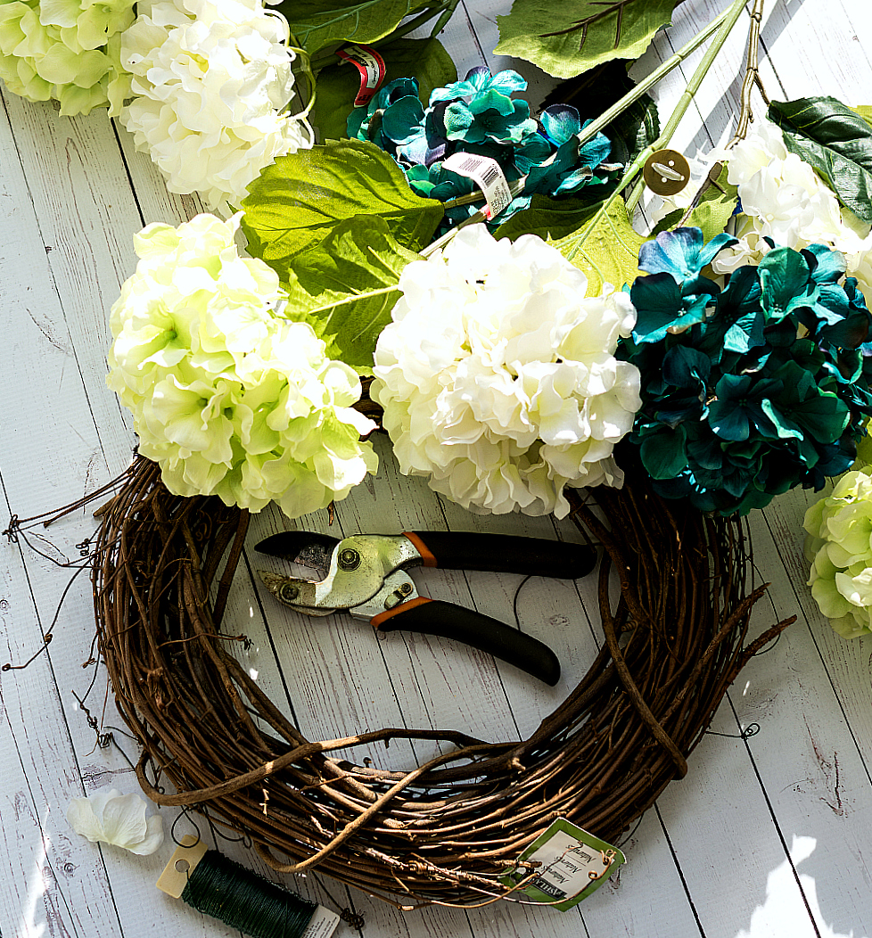 spring wreath ideas with hydrangeas