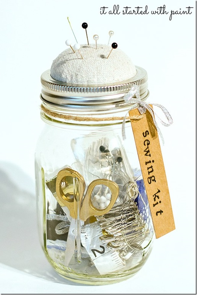 Mason Jar Craft Ideas - Gift Ideas - Sewing Kit in a Jar
