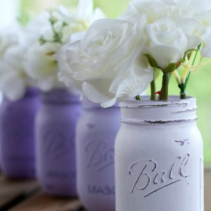 Painted Distressed Mason Jars in Lavender