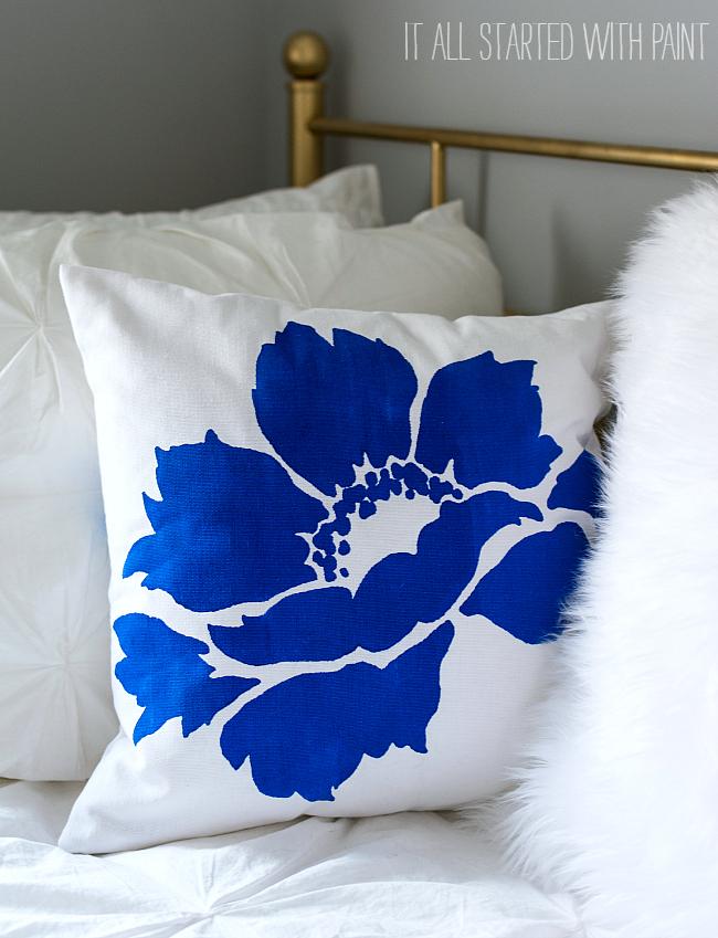 teen-girl-room-gray-white-aqua-blue (1 of 21) 2