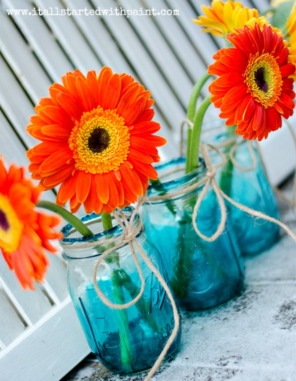 Blue Mason Jars - Vintage Look Mason Jar DIY Tutorial