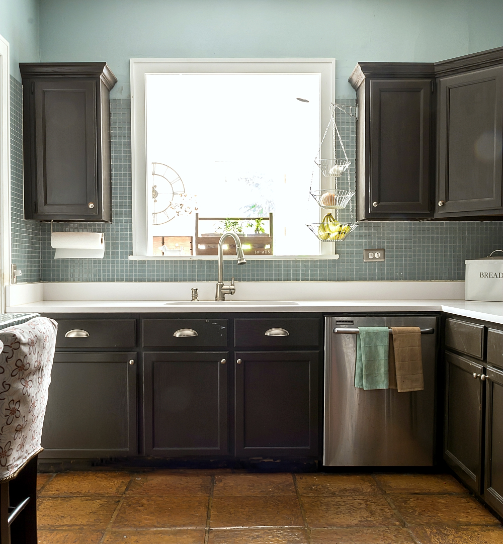 How to paint builder grade cabinets for Painting kitchen cabinets