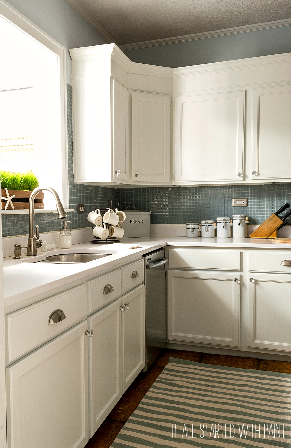 Builder Grade Kitchen Makeover With White Paint - Grey and white painted kitchen cabinets