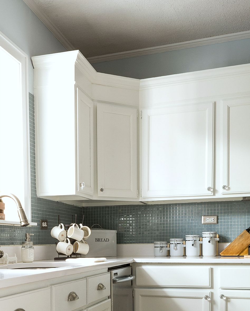 How to add height to kitchen cabinets for Kitchen cabinets height