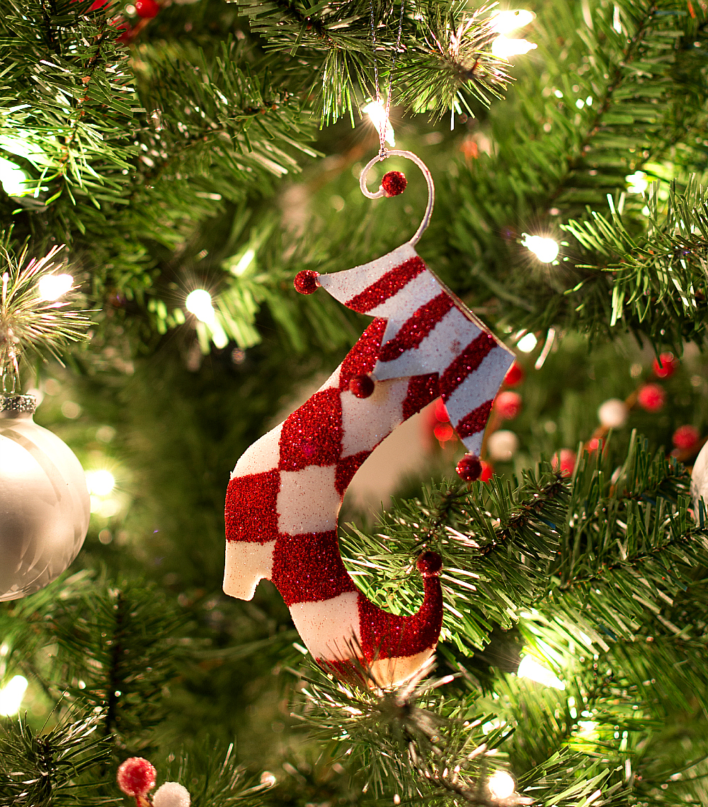 Red & White Christmas Tree Decor