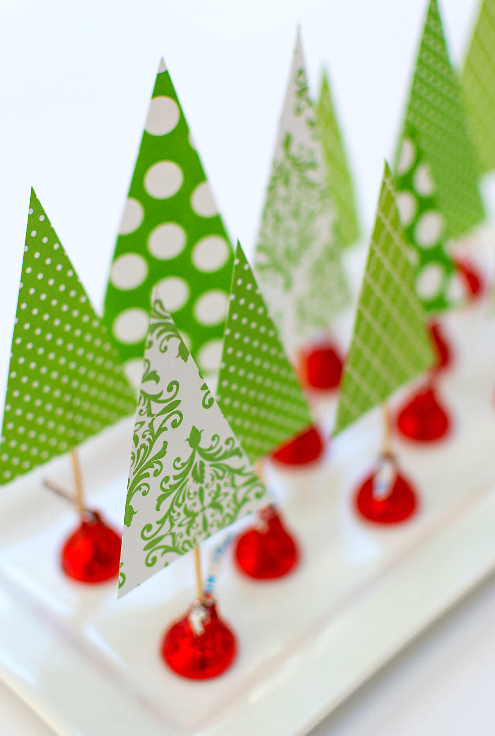 Christmas Craft for Kids Using Hershey Kisses