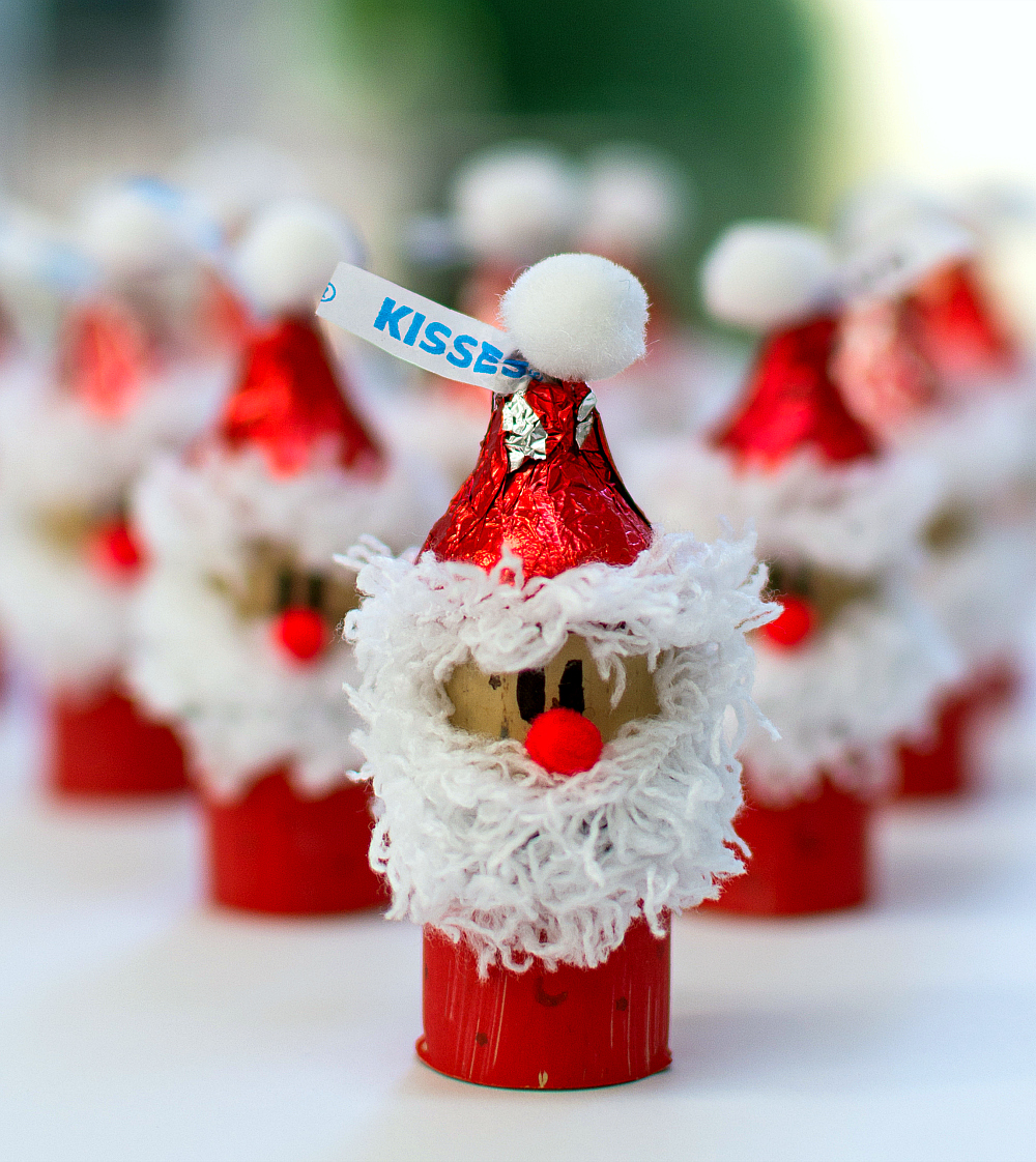 Kids Crafts Ideas For Christmas Part - 49: Holiday-Kid-Craft-Idea-Hershey-Kiss-Mas-Santas-