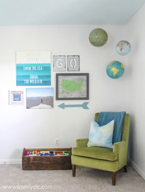 Boy Room blue and green and globes explorer theme