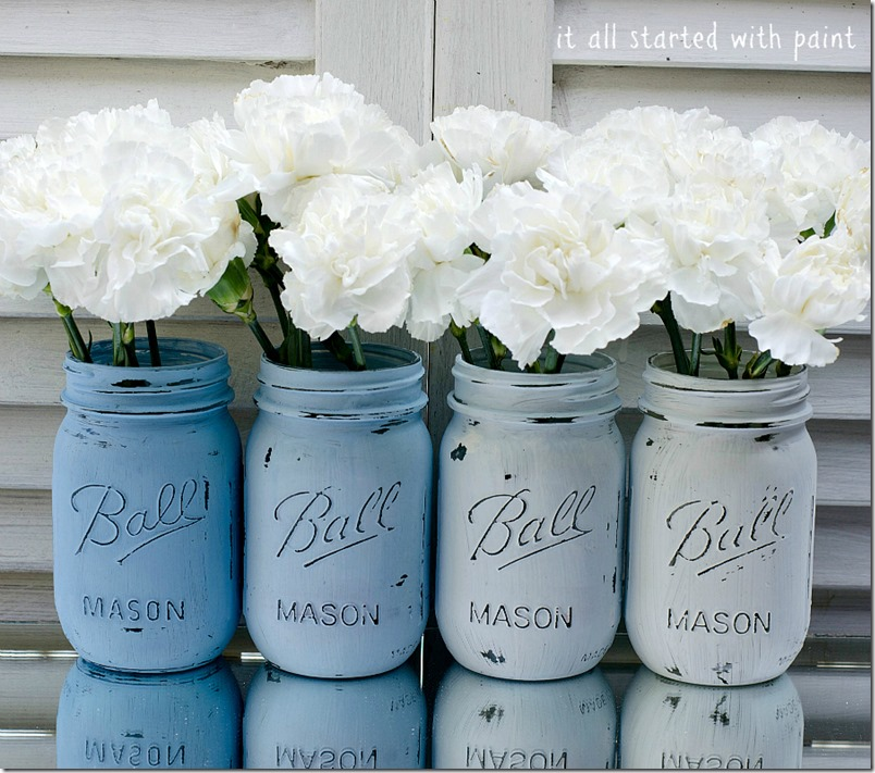 Mason Jar Crafts: Painted and Distressed in Blue Ombre
