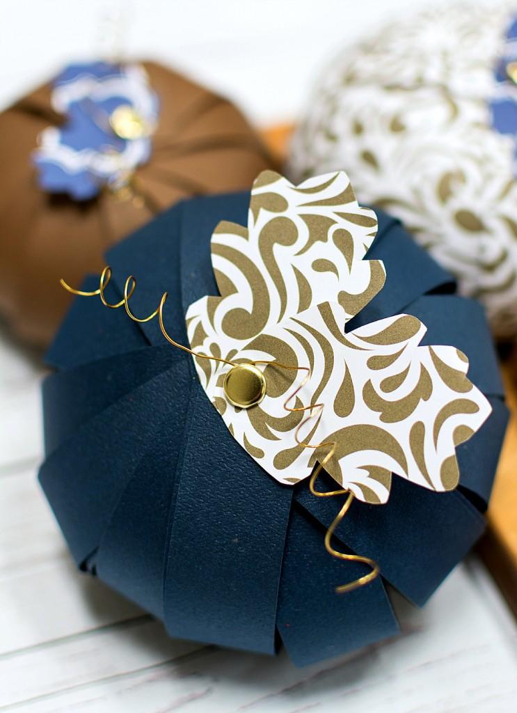Paper Crafts: Paper Pumpkins