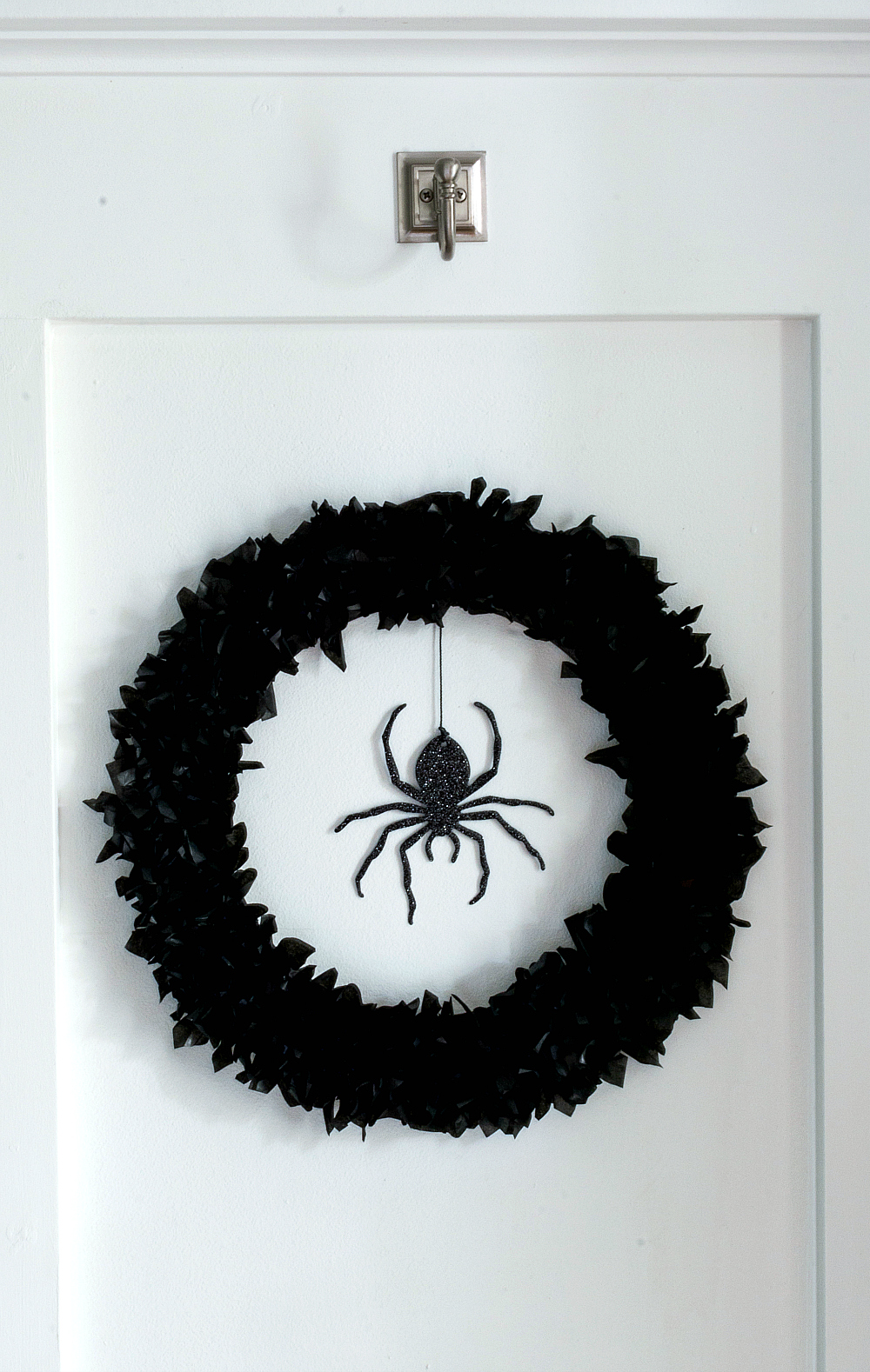 Halloween Wreath Idea with tissue paper