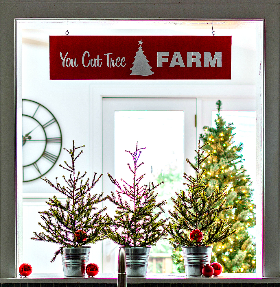 Christmas-Holiday-Decor-Ideas-Kitchen 2 (3 of 4) 4