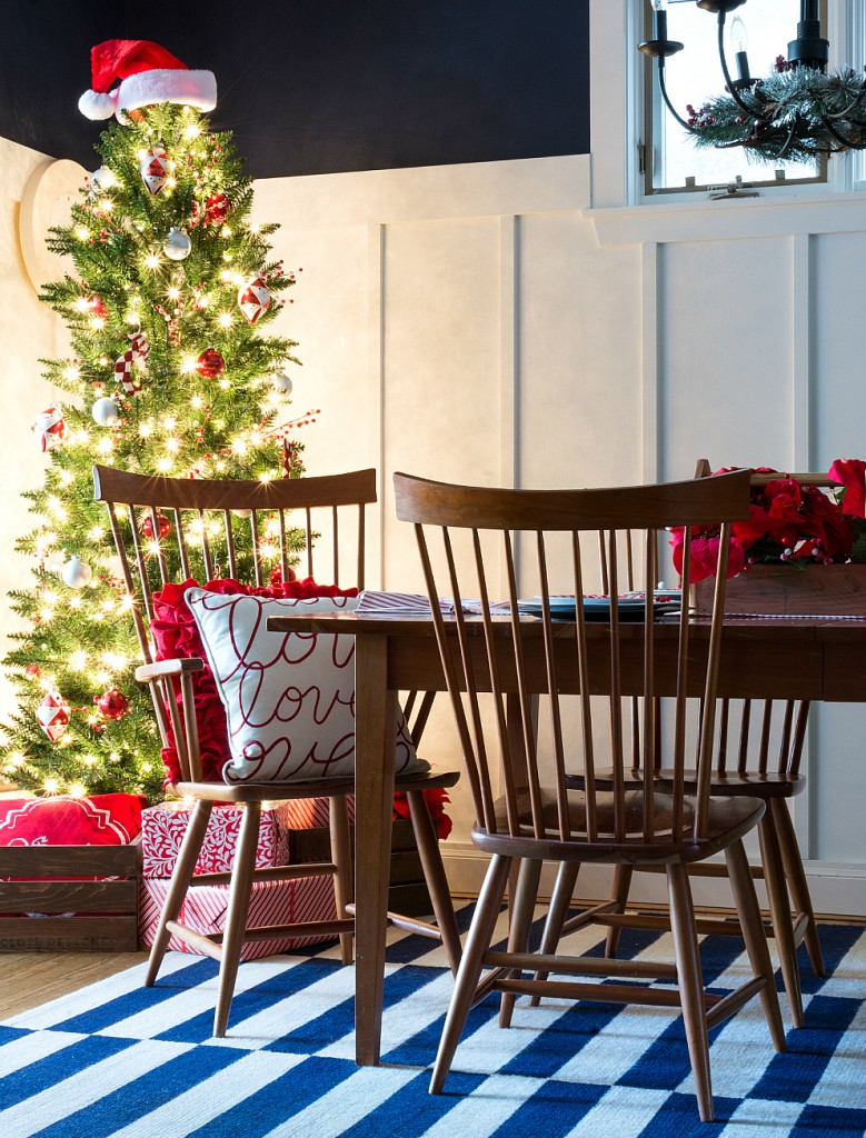 Red & White Christmas Decorating Ideas