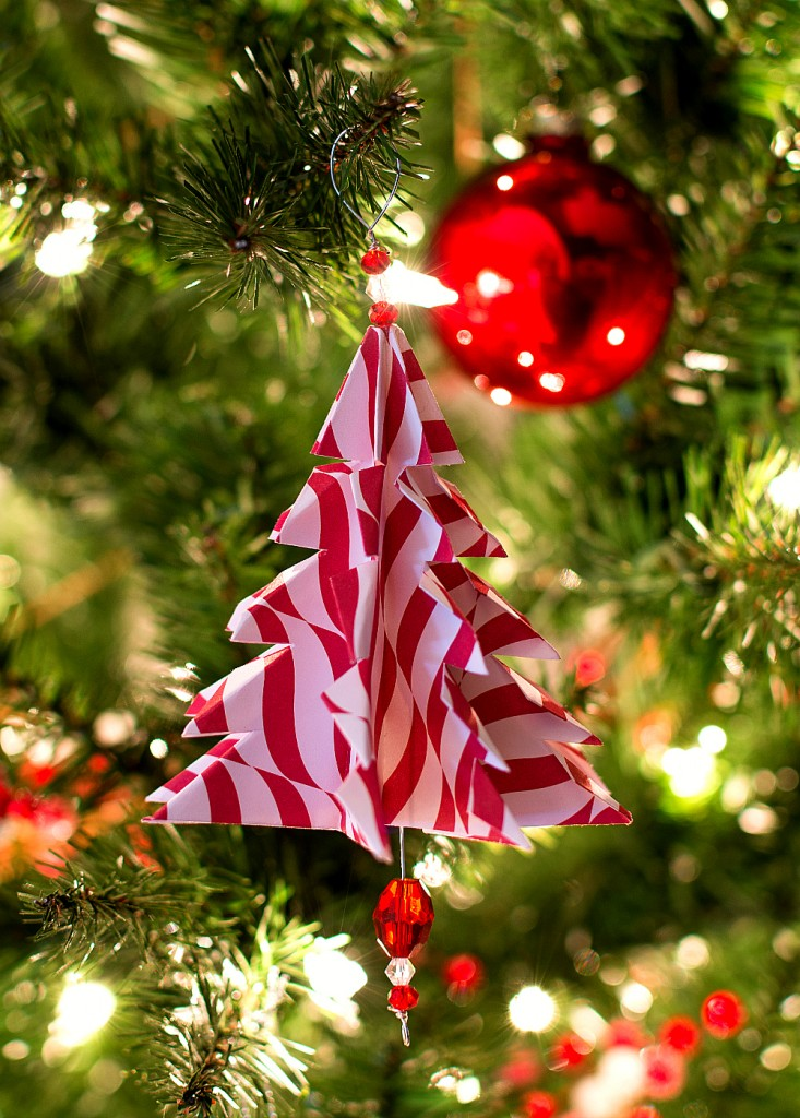 Christmas Craft Ideas: Handmade Ornament with Paper - Origami Tree