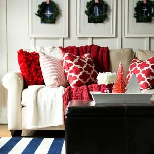 Christmas Home Tour: Entry & Living Room