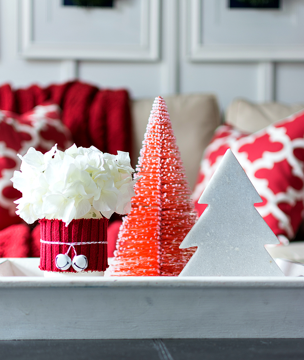 Christmas-Decorating-Ideas-In-Red-White (6 of 19)