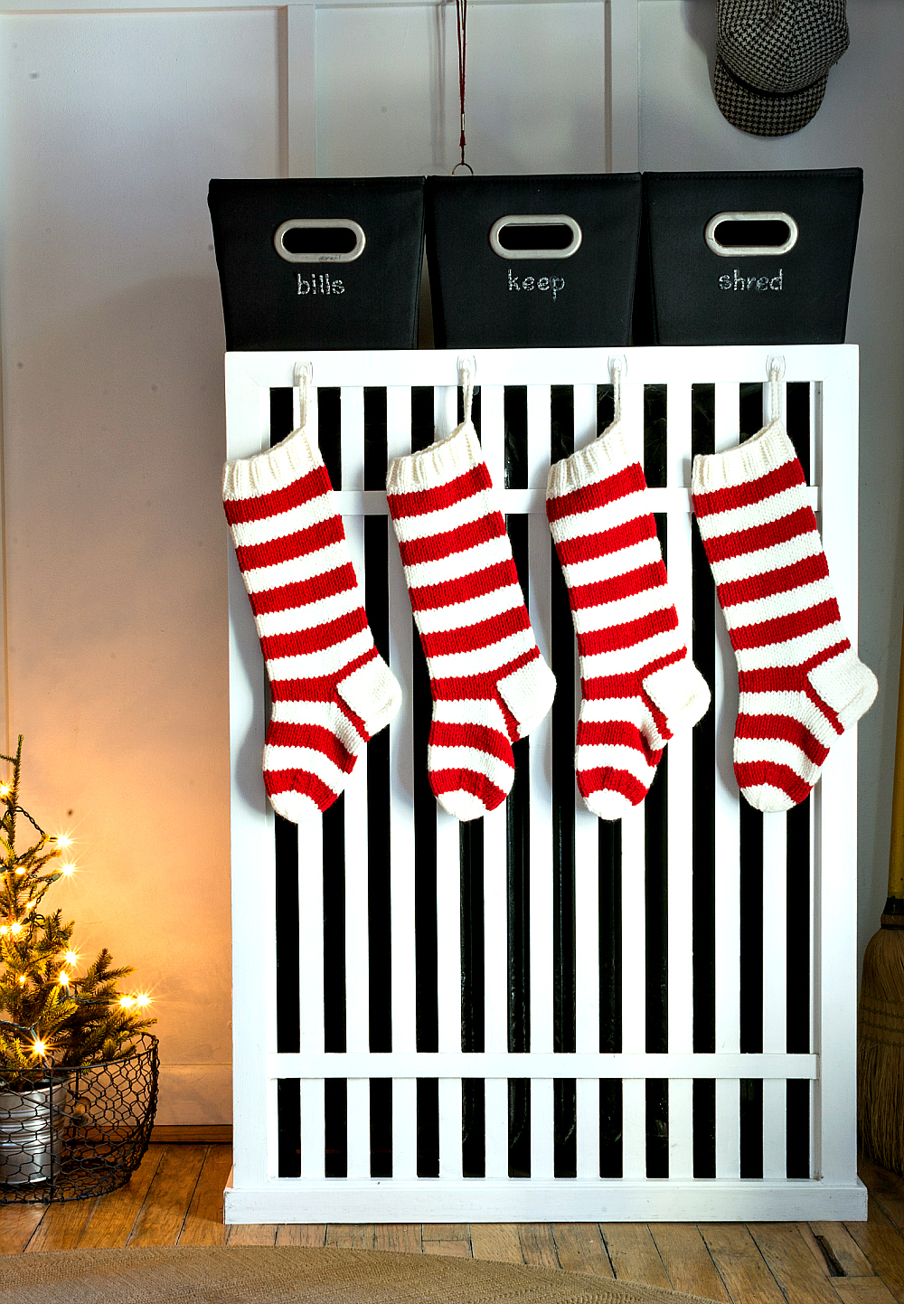 Christmas-Red-White-Decorating-Ideas (34 of 47)