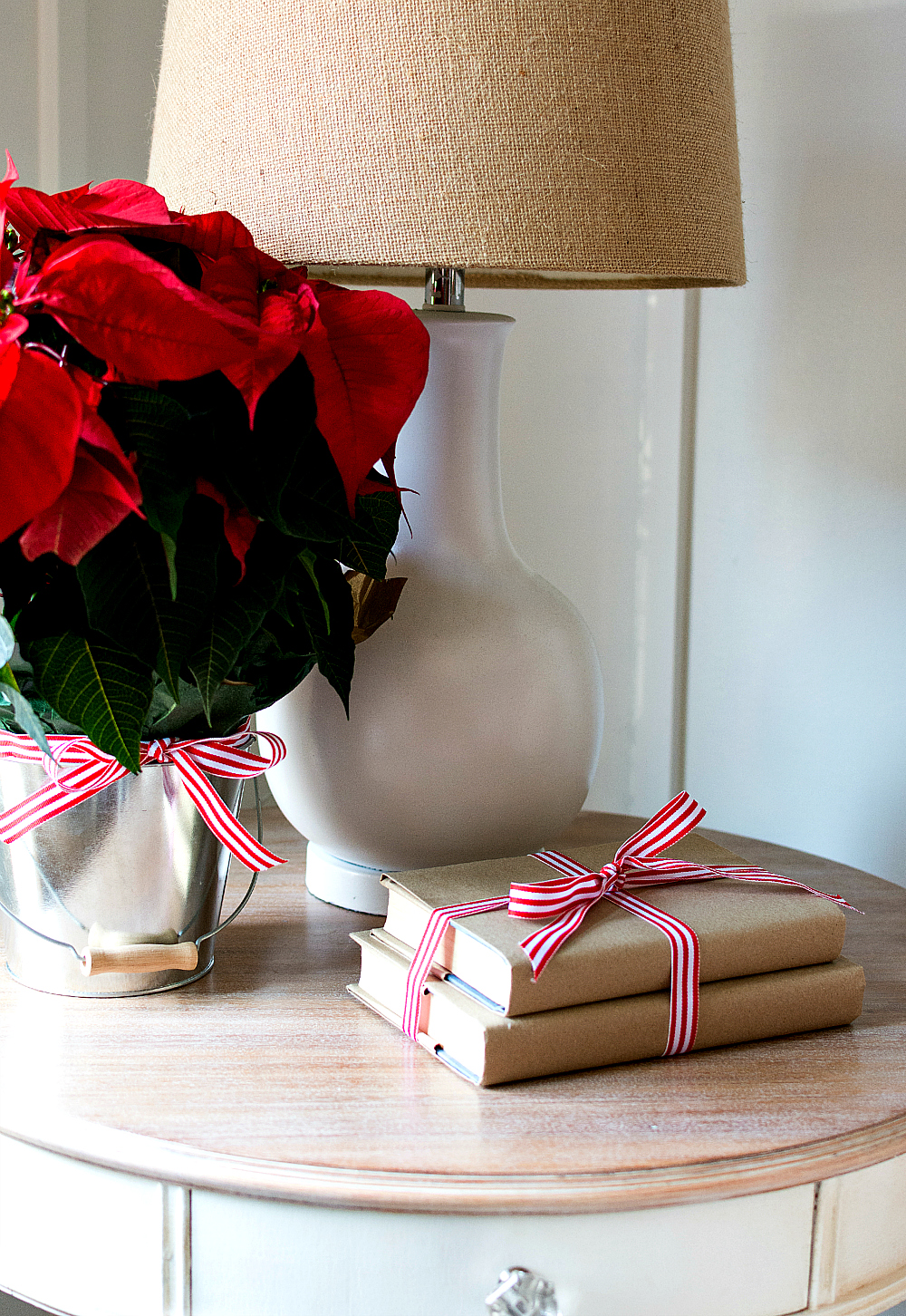 Christmas-Red-White-Decorating-Ideas (35 of 47)