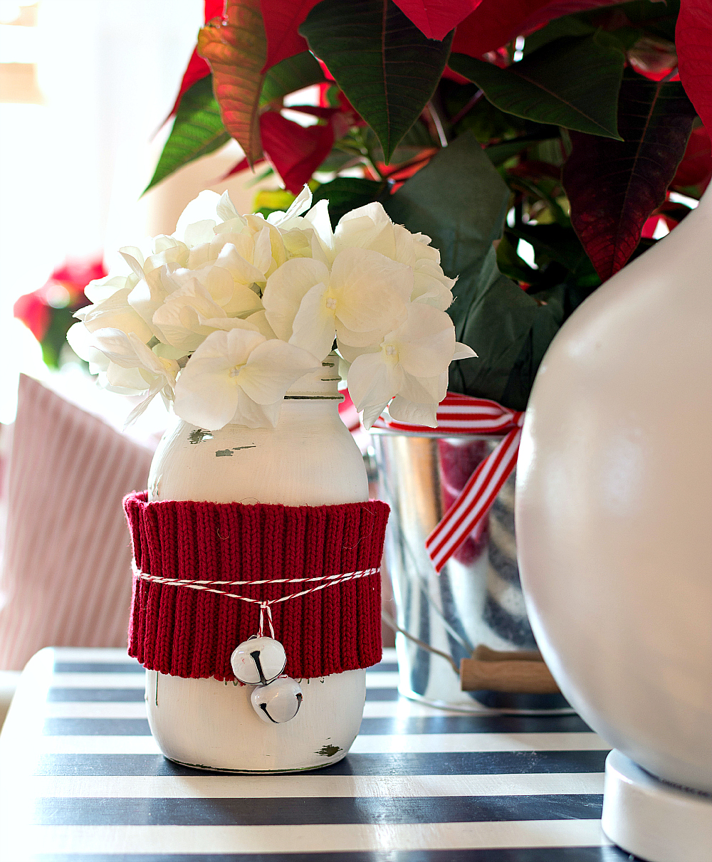 Christmas-Red-White-Decorating-Ideas (43 of 47)