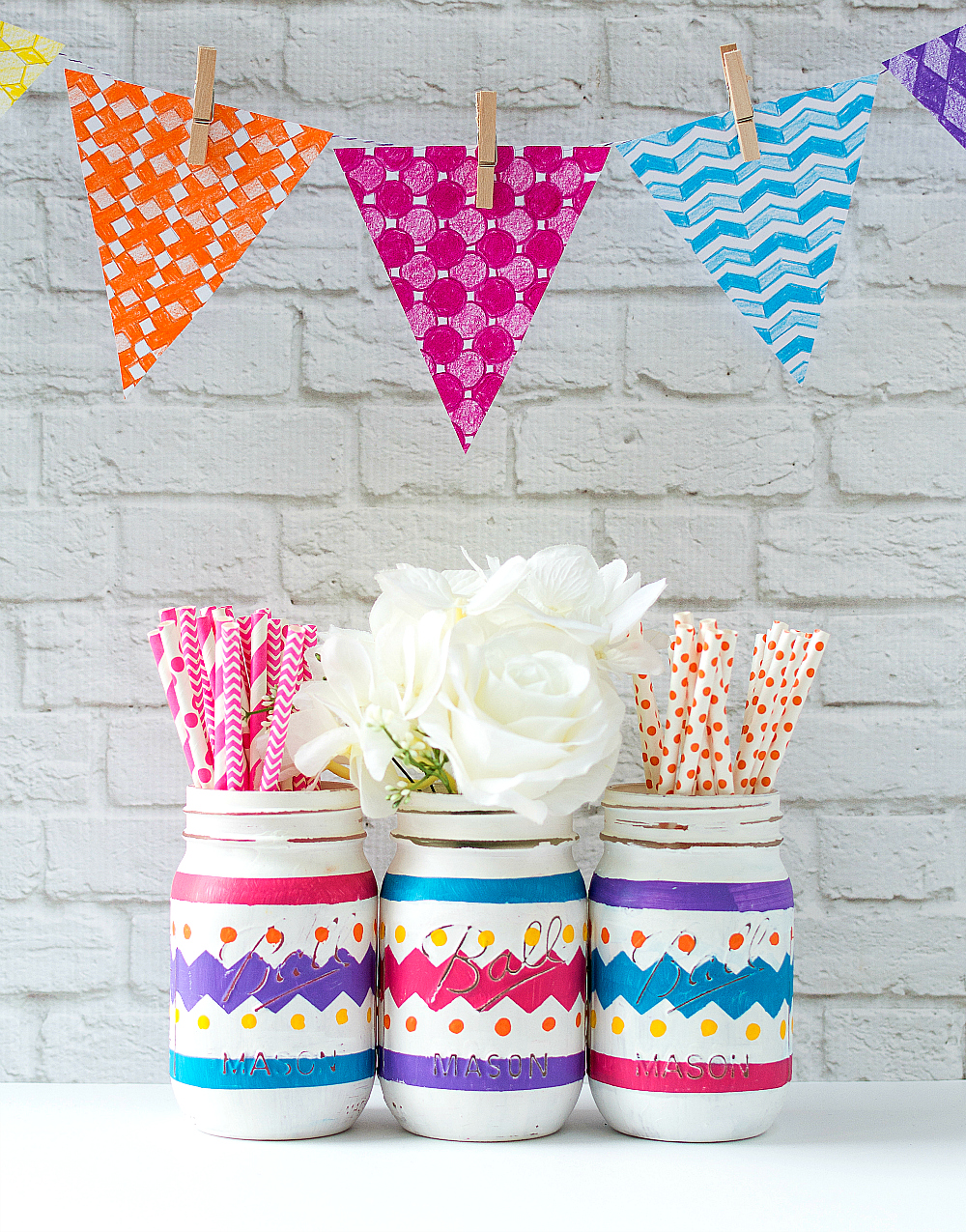 Mason Jar Crafts - Easter Jars
