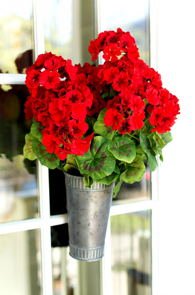 Floral Wreath Ideas with Vase